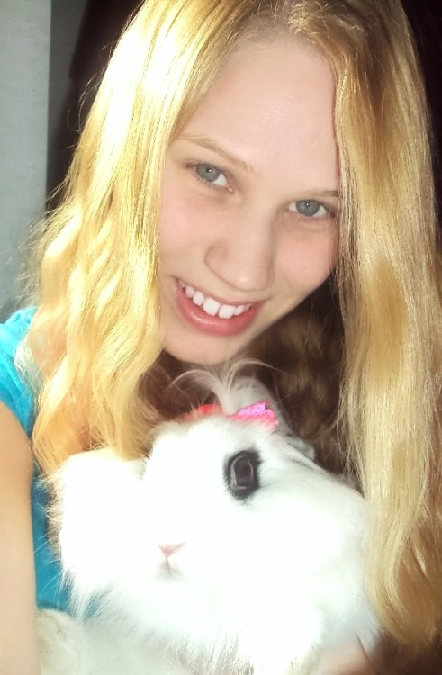 Happy Easter from me and my bunbun! :D