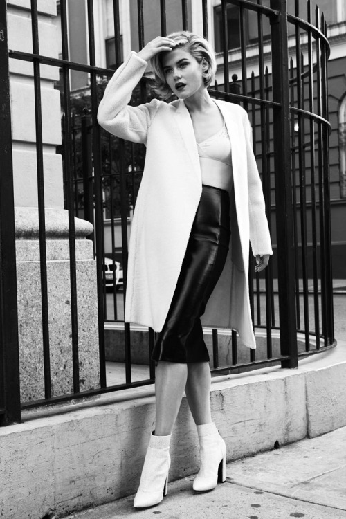 Rachael Taylor Sports Glam Style for Twelv Magazine, Shot by Michael Flores2