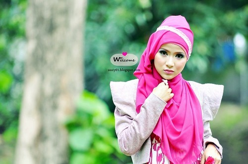 Lovely  (by Ussiy Fauziah)Check my latest post on my blog : http://ussiy01.blogspot.com/2012/12/beauty-ethnic.html ♥