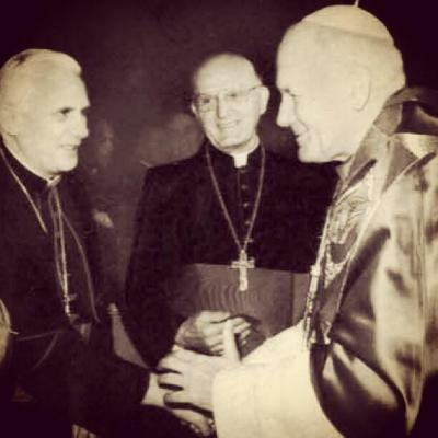 Amazing Photo: Pope John Paul II, Pope Benedict XVI and Pope Francis