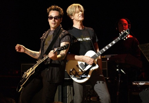 rollingstone:  David Bowie called Earl Slick into the studio last summer for to work on his comeback album, The Next Day, but until this month Slick was forbidden to tell a soul about the secret sessions. We spoke to Slick about the new songs, the possibility of a tour and his memories from the famously debauched Station to Station sessions in 1975.