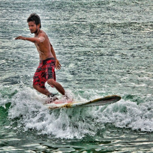 Kuya Pancit, the Lebron James loka-like surfer #squaready #surf #surfing #water #watersports #waves #launion #sanjuan #beach #beachporn #sky #skyporn #cloud #cloudporn #webstagram #instagram #ig #igersmanila #igers #igdaily #instamood #jj #lebron #pinoy_sg #picoftheday #photooftheday #summer #igtube #itsmorefuninthephilippines #travel #iphonesia #philippines
