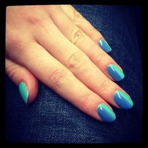 misseverythingbeautyful:  Nails of the day! Essie lapis of luxury China glaze - for Audrey