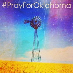 #PrayForOklahoma Glad I wasn't there for the storm but the friends and family still in Oklahoma have my thoughts and prayers right now. Hope everyone is okay.