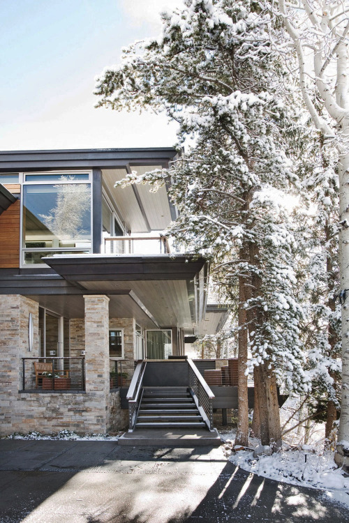 themanliness:  Wrights Road | Source | More