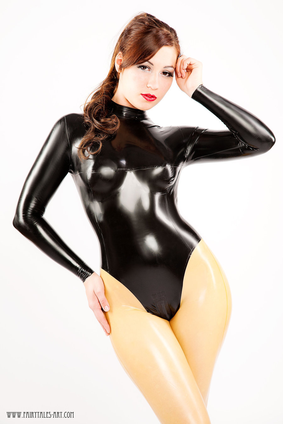 latexetc2:  Nice and shiny by ~SenoritaPepita