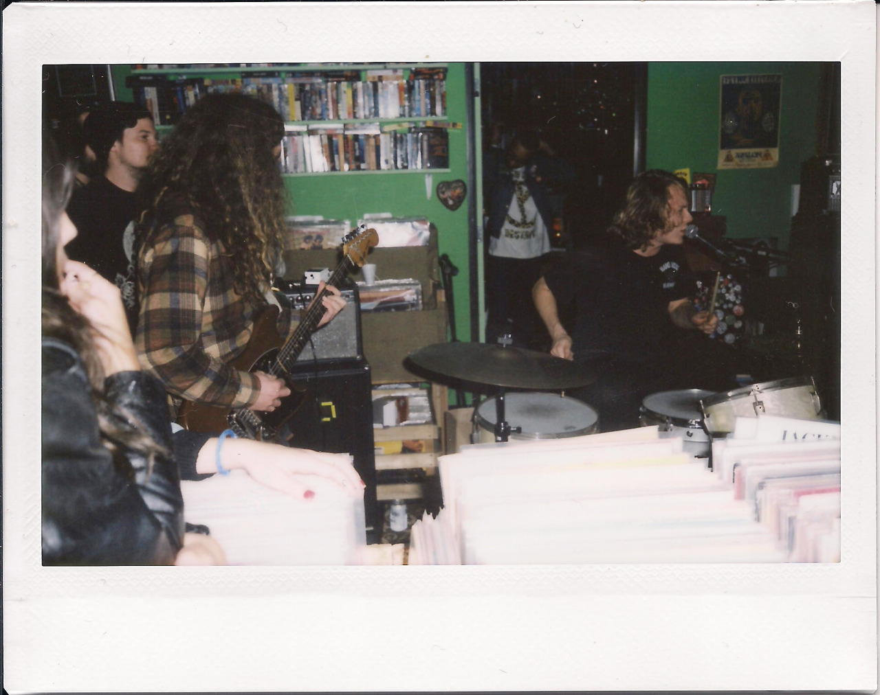 FUZZ @ Burger Records 12/28/12 Photo By LaChicaBanda