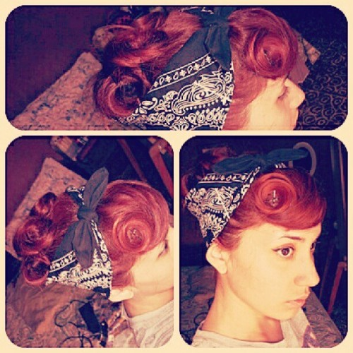 gogopsycho:  Pin up hair! <3 #rockabilly #pinup #redhair #suicideroll #vintage #bandana