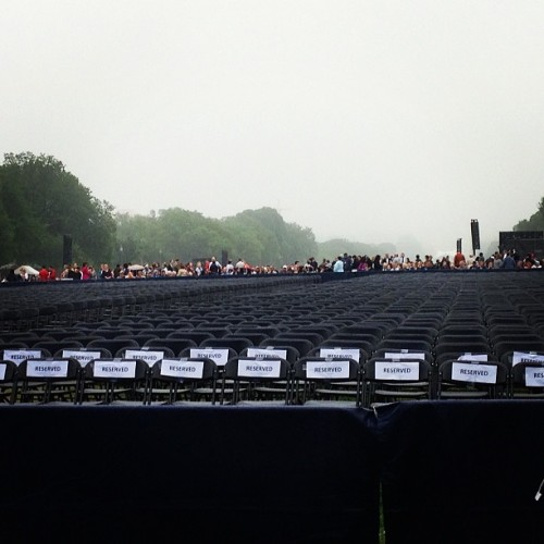 People be all up in herr #2013gwgrad  (at The National Mall)