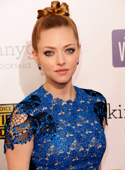 Amanda Seyfried at the 18th Annual Critics' Choice Movie Awards