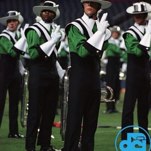 rifica:  #Cavaliers #007#DCI #worldchampions #2004 #drumcorps #Contra continuing with todays DCI days theme… A pic from a DCI magazine… Hey whose that black guy lol