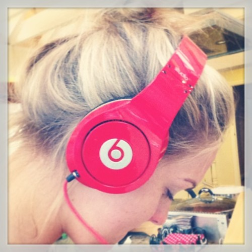 jazzykingxo:  #beats #drdrebeats #drdre #music #headphones #sound #speakers #red #studio #sick #party
