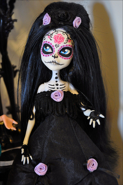 "Catrina by Ashbet on Flickr.Via Flickr: Custom Catrine deMew by AdeCiroDesigns on Etsy. I love that her name is very appropriate — ""La Calavera Catrina is the name used for the female skeleton figures in Day of the Dead celebrations."