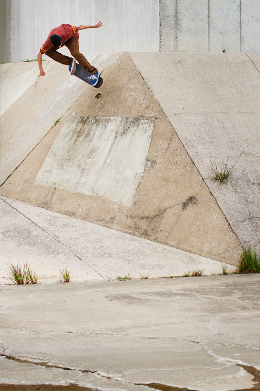 mikesoobz:  jessegrubbs:  Sean Greene Bs Ollie for the Foundation Skateboards website.  go follow the homie jesse, he takes dope photos out in the dfw area.
