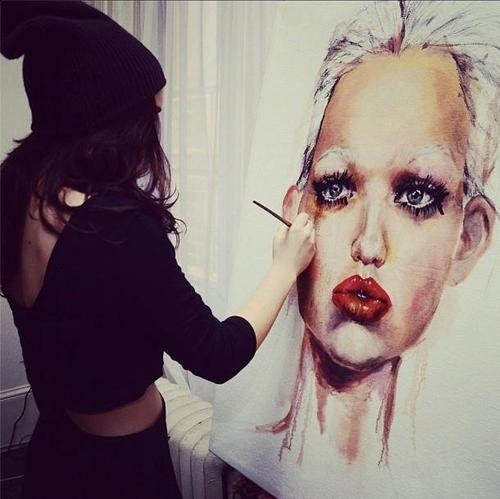 "dessiedoesart:  Audrey Kitching posted a photo of me and my painting under ""20 Things I Love Saturday""   Rules!"