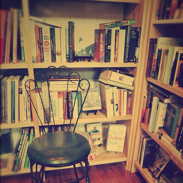 Book Nook ~ Hemingway at the corner (by tickleblackwombat)