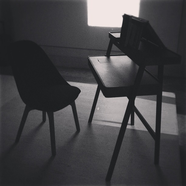 Silhouette of Solo chair & Tray desk by @neriandhu with @delaespada #icff #furniture #design #interiordesign  (at 345 West 14th Street)