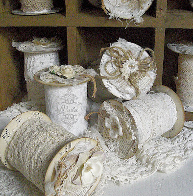 Gorgeous lace and ribbon storage from toilet paper rolls. I wonder how many of these I can fit into the vintage suitcase I use to store my piles and tangles of lace and trim. Photo source: Shabby Chic Inspired