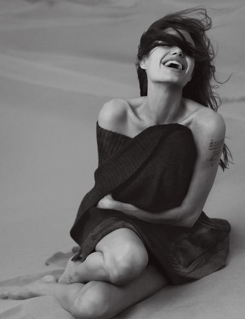 alternativegrl:  l-m-d-p:  Angelina Jolie  Happy Birthday you magnificent creature