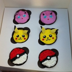 CUPCAKES #pokemon @cutey9985 … Happy now? (at Movenpick Mission Bay)