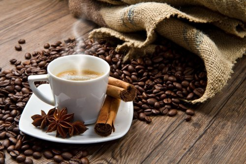 in-creible:  Cafe y canela. Coffe and cinnamon. Foto.