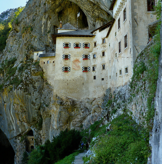 | ♕ |  Legend of the Knight Erazem Lueger Predjama Castle became known in the 15th century as the seat of Knight Erazem Lueger (or Luegger), the owner of the castle and a renowned robber baron. He was the son of the Imperial Governor of Trieste, Nikolaj Lueger.According to the legend, Erazem came into conflict with the Habsburg royal dynasty, when he killed the commander of the Imperial army Marshall Pappencheim, who had offended the honor of the Erazem's deceased friend, Andrej Baumkircher of Vipava.Fleeing from the revenge of the Holy Roman Emperor Frederick III, Erazem settled in the family fortress of Predjama (now in Slovenia). He allied himself with the Hungarian king Matthias Corvinus and began to attack Habsburg estates and towns in Carniola. [Read in full on Wiki] Predjama Castle and Slovenia photos by © B℮n