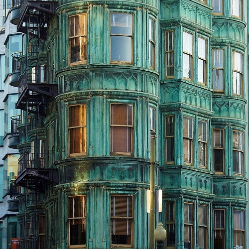 Bay Windows, San Francisco, California photo via deborah