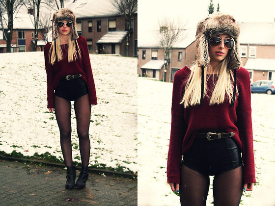 ♥ Burgundy ♥ (by Donia Love)