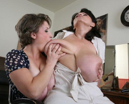asien girls nude big tetas porn clothing stores online for men
