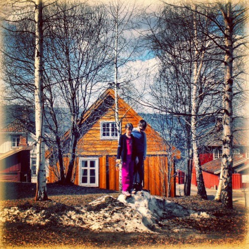 Two springs away in #Norway. .. #Lillehammer #kids #children #house #building #architecture #linandara_built #orange #birchtree #silverbirch #береза #дерево #trees #spring #all_shots #sunshine #sunny #snow #boy #girl #Норвегия #дом #деревья #дети #linandara_people