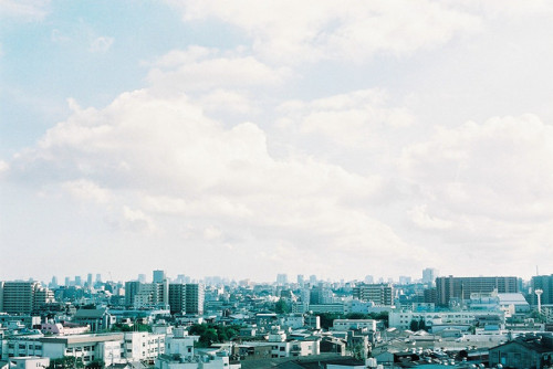 dreams-of-japan:  Tokyo by tane_aki on Flickr.