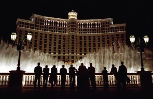 "#23. Ocean's Eleven (2001) Directed by: Steven SoderberghWritten by: Ted Griffin, based on the film ""Ocean's Eleven"" by Harry Brown & Charles Lederer and George Clayton Johnson & Jack Golden RussellShot by: Steven Soderbergh (as Peter Andrews)Starring: George Clooney, Brad Pitt, Matt Damon, Andy Garcia, Elliott Gould, Casey Affleck, Carl Reiner, Eddie Jemison, Don Cheadle, Bernie Mac,  Shaobao Qin, Julia RobertsThe First Half Hour Of This Movie: Is flawless. Scarcely has there been a better ""getting the team together"" sequence.That Being Said: The rest of the movie is pretty flawless too.Except Maybe For: Don Cheadle's ""accent.""What Makes This A Brilliant Heist Film: Is that everything is played out in front of the cameras, so long as you're able to look for it.Even: Linus ""lifting"" the airline ticket from under Danny's hand. It's so slick, but it's right there on camera.Andy Garcia: Looks uncomfortable smiling.Carl Reiner: Pulls off a tough guy pretty convincingly for a veteran comedian.But Really: The writing of this film is so good. Love the scenes between Danny and Tess, and the subtle tenderness between them.Soderbergh: Makes it all look so effortless.Love: The chemistry between Scott Caan and Casey Affleck.Favourite Part: Linus as the NGC employee vs. Frank as the racially offended criminal.Still Have To Pay Attention During: The bank vault sequence.The Scene Around The Fountain: Is perfect (and apparently improvised)!"
