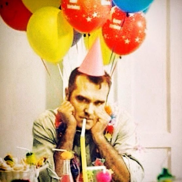 herekitty:  unhappy birthday moz!