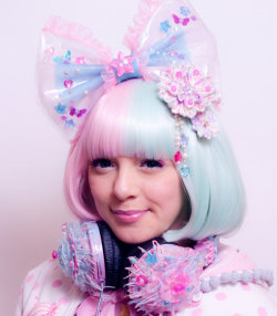 shop-cute:  Kawaii Fairy Kei Headphones $78.51