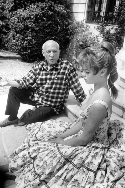 suicideblonde:  Pablo Picasso and Brigitte Bardot at his studio in Vallauris during the 1956 Cannes Film Festival