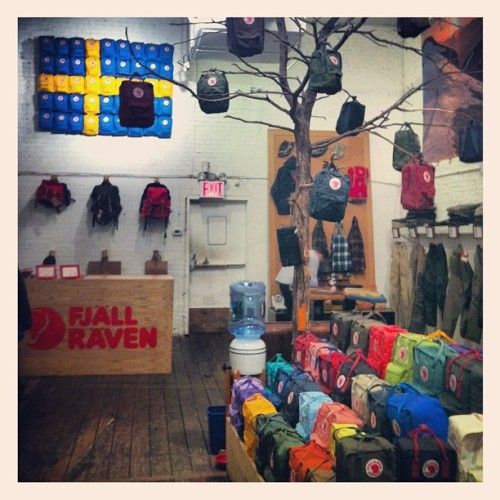 siobhanlegear:   This is what I did at work today! #FjallRaven #NYC #NewYorkCity (at Fjällräven)