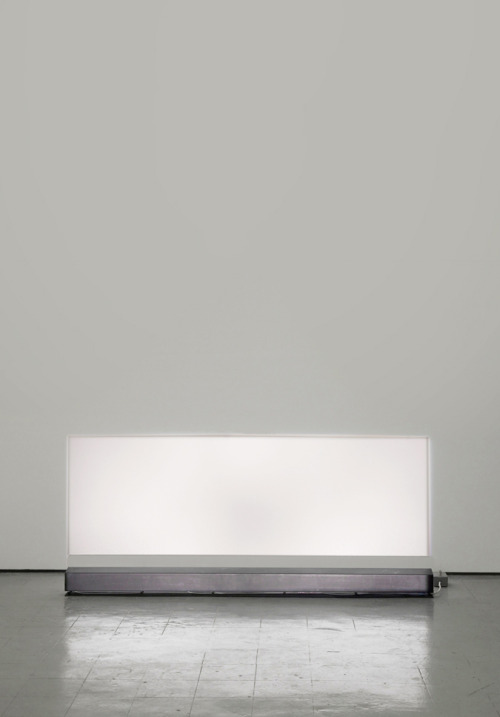 7while23:  Carsten Nicolai, Thermic, 2011