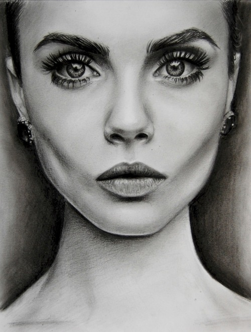 wonderingifuth:  Cara Delevingne in Black&White.