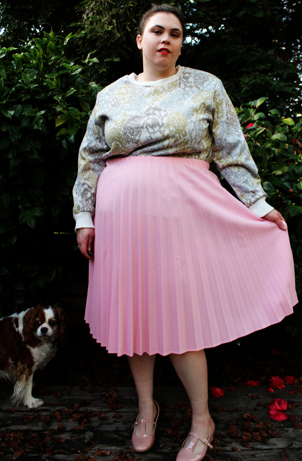 Plus Size Vintage Pink Pleated Midi Skirt (Size 24) - $25  <— New Shop Item!