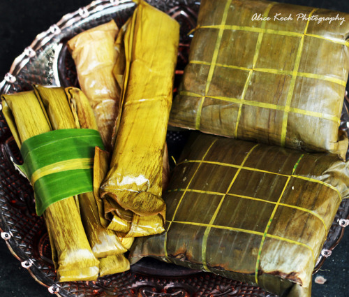 pinoycuisine:  Suman at tamales by Alice Photo Life on Flickr.