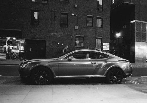 fullthrottleauto:  Bentley Continental GT Coupe (by IAMEDUNSIN)