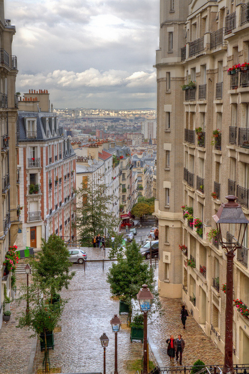 wonderous-world:  Montmarte Paris, France by Chris G.