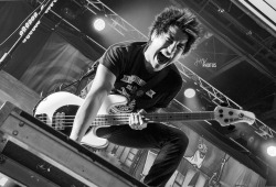ineedtofindmywaybacktothestart:  Jaime Preciado | Pierce The Veil by JudyWonPhotography on Flickr.