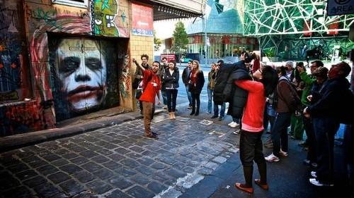 graffitishopvalencia:  GRAFFITI SHOP VALENCIA. Convento Jerusalem 49 *Sabado de 11-14hrs Lunes/Viernes 11-14 y 16/20hrs tl 963423581.https://www.facebook.com/Graffiti.Shop.Valenciahttp://graffitishopvalencia.tumblr.com/https://twitter.com/graffitishopvlc