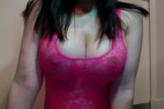 Happy #TittyTuesday everyone ;) http://www.missbellabellini.com