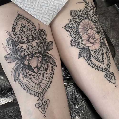 ig: marieradfordtattoo blackw;diamond;dots;heart;line;mandala;rose;thigh