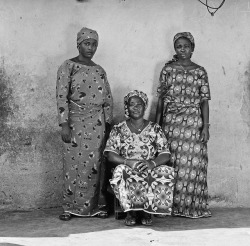 Boni Yaou Family Members, Djougou, Benin by Alfred Weidinger on Flickr.