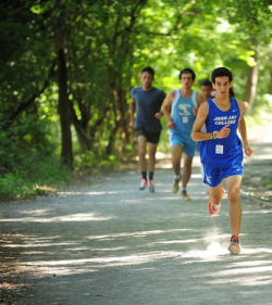 run-your-own-miles:  Kinda miss cross country season! Just a few more months left!