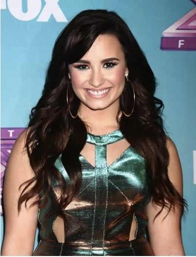 Demi Lovato is taking her rehabilitation more serious than any other celebrity that we can think of. In fact, Demi has been residing in a sober house after being unsatisfied with the treatment she received two years ago. Stay strong, Demi! We know you can!