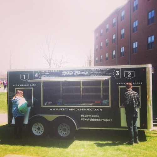arthousecoop:  We are up and running at SUNY Purchase! We are outside of the Starbucks near Fort Awesome. #sketchbookproject #sbpmobile  Awesome!!!